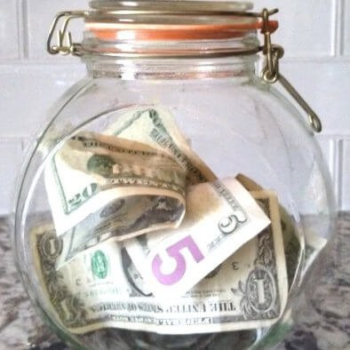 Money jar to save money