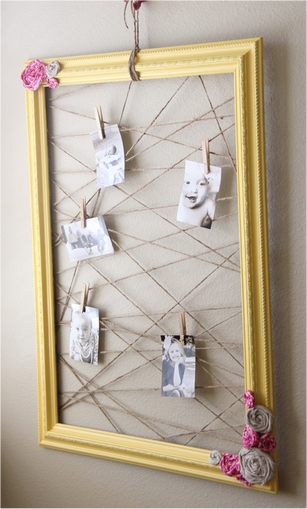 Frame and string memo board