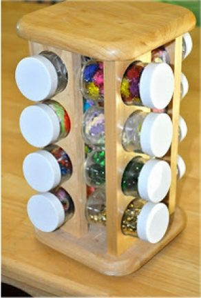 Spice rack to store small office items