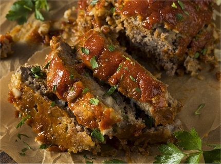Super Easy Dinner Idea: 4 Ingredient Meatloaf