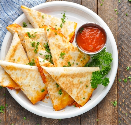 Quick Dinner Ideas For Kids: Pizza Quesadillas